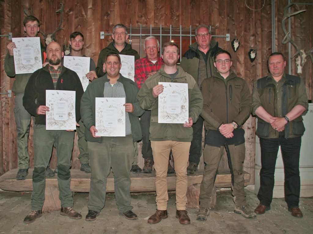unsere Jungjäger zur bestandenen Jägerprüfung